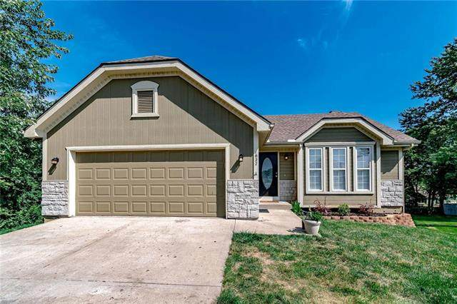 1027 Swallow Court, Liberty, MO 64068 (#2235644) :: Ask Cathy Marketing Group, LLC