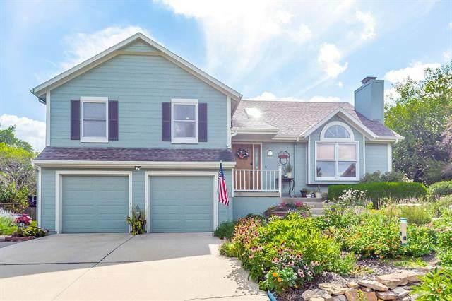 15738 Horton Lane, Overland Park, KS 66223 (#2235649) :: House of Couse Group