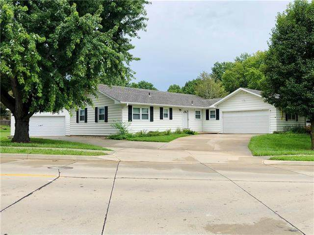 3304 N 35th Place, St Joseph, MO 64506 (#2235651) :: House of Couse Group