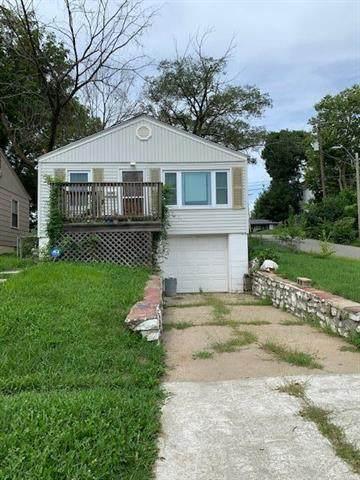3000 Brighton Street, Kansas City, MO 64128 (#2235832) :: House of Couse Group