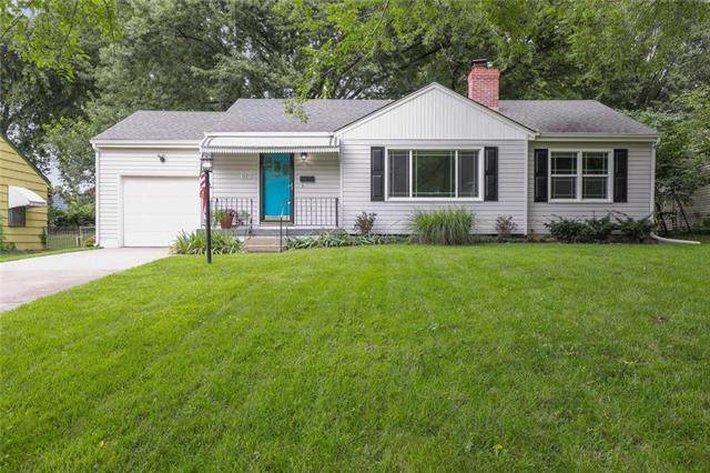 3725 S Norwood Avenue, Independence, MO 64052 (#2235914) :: Eric Craig Real Estate Team