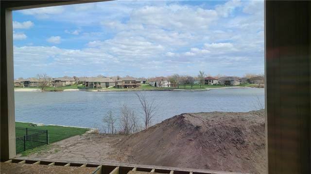 4261 Lakeshore Drive, Basehor, KS 66007 (#2235930) :: Ron Henderson & Associates