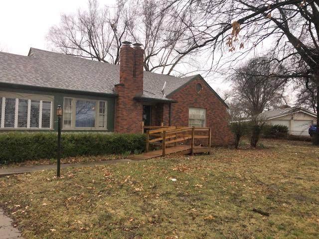 2207 NE Vivion Road, Kansas City, MO 64118 (#2235973) :: Eric Craig Real Estate Team