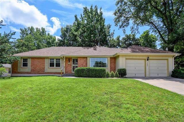 10601 E 37th Street, Independence, MO 64052 (#2236073) :: Eric Craig Real Estate Team