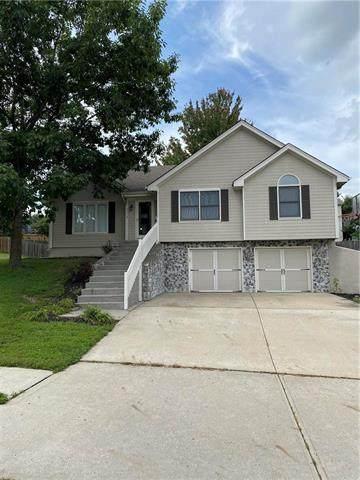 7116 N Crystal Avenue, Kansas City, MO 64119 (#2236083) :: House of Couse Group