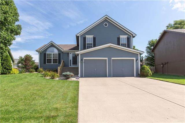 11245 N Madison Avenue, Kansas City, MO 64155 (#2236150) :: Dani Beyer Real Estate