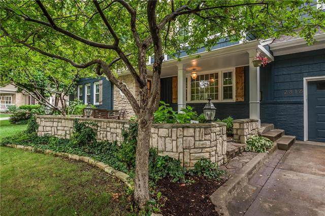 2816 W 91st Street, Leawood, KS 66206 (#2236157) :: House of Couse Group