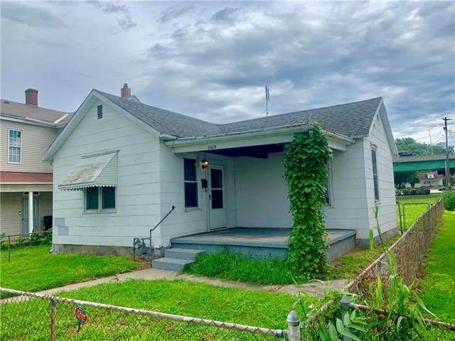 2009 S 11th Street, St Joseph, MO 64503 (#2236172) :: Eric Craig Real Estate Team