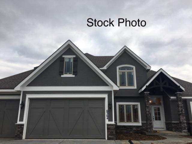 14838 Thousand Oaks Place, Parkville, MO 64152 (#2236246) :: Audra Heller and Associates