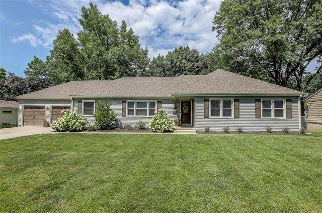 4110 W 99TH Street, Overland Park, KS 66207 (#2236291) :: House of Couse Group
