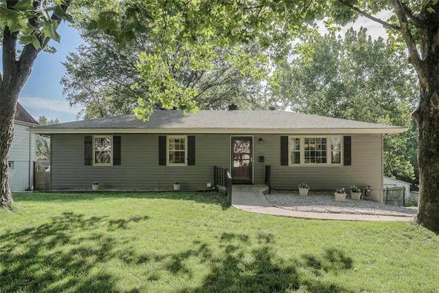 5305 N Richmond Avenue, Kansas City, MO 64119 (#2236296) :: Ron Henderson & Associates