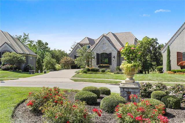 3945 W 151st Terrace, Leawood, KS 66224 (#2236320) :: Jessup Homes Real Estate | RE/MAX Infinity