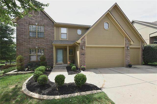 8923 NE 92nd Terrace, Kansas City, MO 64157 (#2236412) :: The Kedish Group at Keller Williams Realty