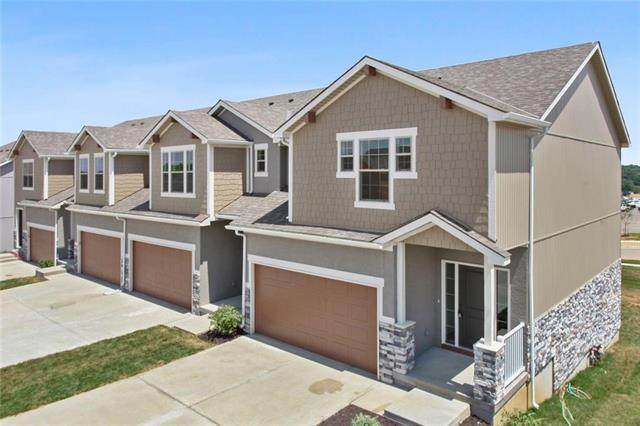 7398 Griffey Street 12 D, Parkville, MO 64152 (#2236442) :: House of Couse Group
