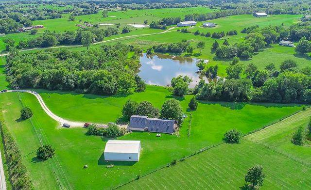 23400 Old Kansas City Road, Spring Hill, KS 66083 (#2236466) :: Dani Beyer Real Estate