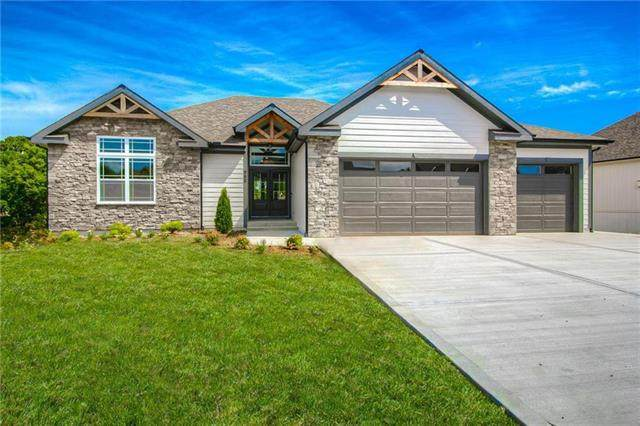 332 Old Trail Run N/A, Kearney, MO 64060 (#2236492) :: House of Couse Group
