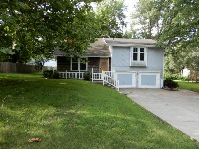 701 NE 113th Street, Kansas City, MO 64155 (#2236505) :: Dani Beyer Real Estate