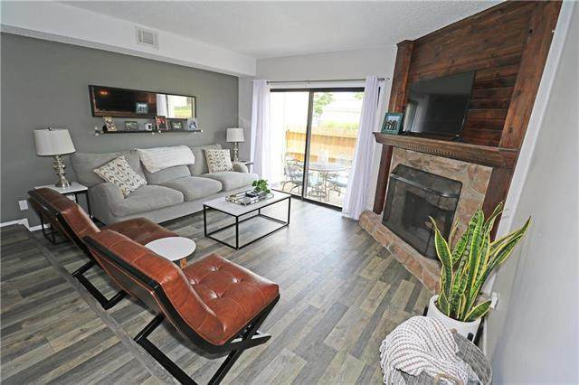 14072 W 88 Terrace, Lenexa, KS 66215 (#2236529) :: House of Couse Group