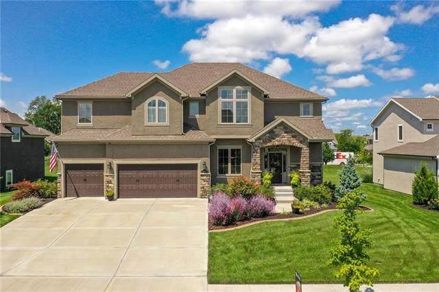 10424 N Brooklyn Avenue, Kansas City, MO 64155 (#2236533) :: Dani Beyer Real Estate