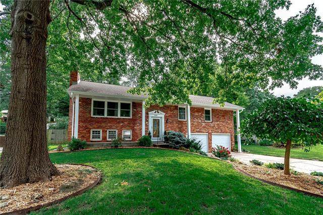 1209 N Withers Road, Liberty, MO 64068 (#2236812) :: Ron Henderson & Associates
