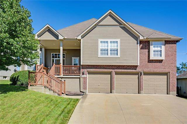 3107 S Black Forest Avenue, Independence, MO 64015 (#2236830) :: Ron Henderson & Associates