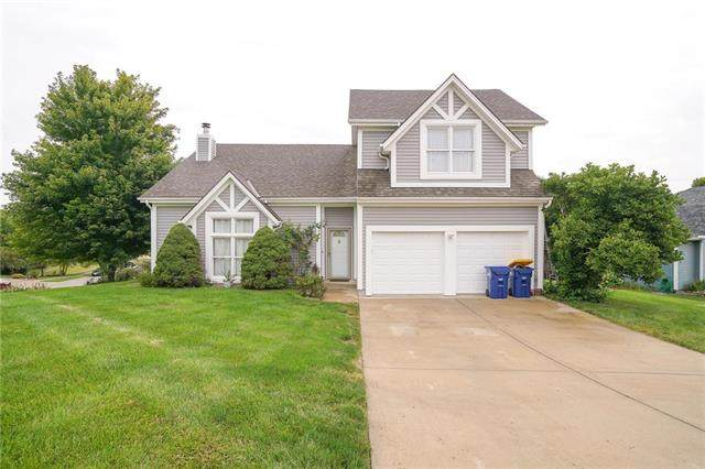 2 Sherry Court, Smithville, MO 64089 (#2236843) :: Jessup Homes Real Estate | RE/MAX Infinity
