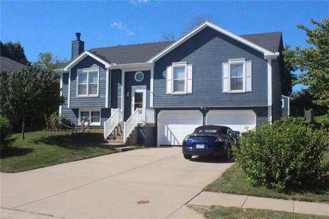 112 Betsy Court, Smithville, MO 64089 (#2236924) :: Jessup Homes Real Estate | RE/MAX Infinity