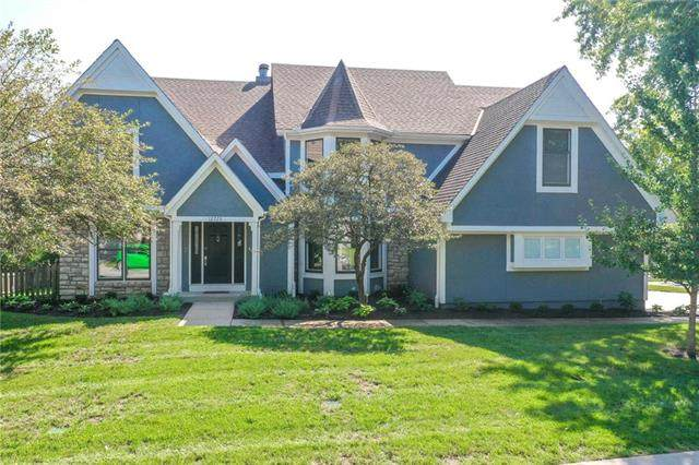 12725 Briar Street, Leawood, KS 66223 (#2237230) :: Ron Henderson & Associates