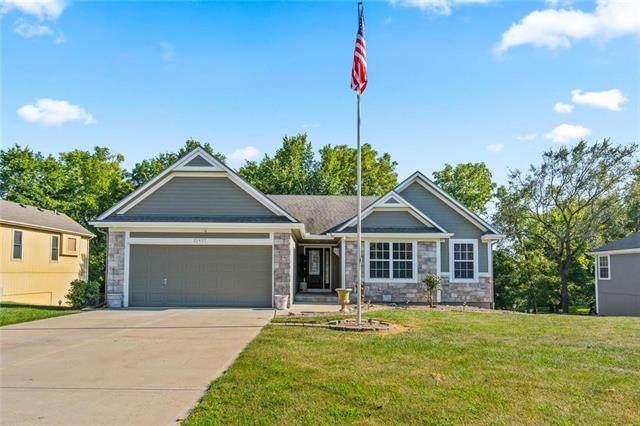 15427 Crimson Street, Basehor, KS 66012 (#2237233) :: Jessup Homes Real Estate | RE/MAX Infinity