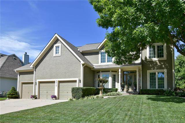 8512 Candlelight Lane, Lenexa, KS 66215 (#2238313) :: Edie Waters Network