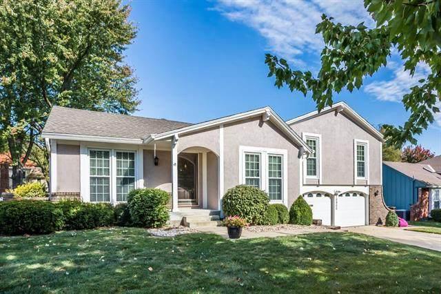 10900 W 102 Street, Overland Park, KS 66214 (#2238334) :: Edie Waters Network