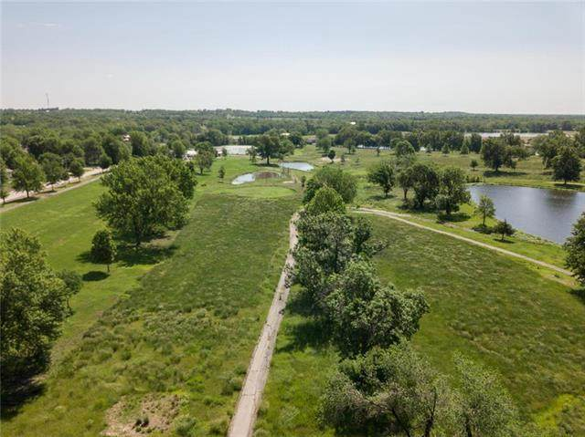 1510 Country Club Drive, Pleasant Hill, MO 64080 (#2238534) :: Edie Waters Network