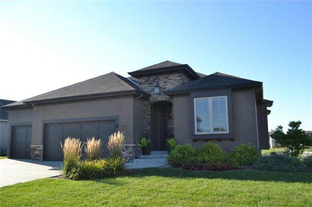 17843 W 165th Street, Olathe, KS 66062 (#2238610) :: Jessup Homes Real Estate | RE/MAX Infinity