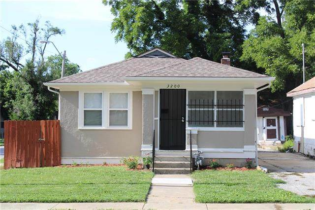 3200 E 60th Street, Kansas City, MO 64130 (#2238616) :: Jessup Homes Real Estate | RE/MAX Infinity