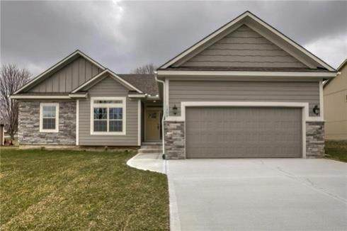 1303 Faulkner Drive, Pleasant Hill, MO 64080 (#2238683) :: Jessup Homes Real Estate | RE/MAX Infinity