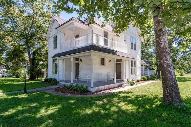 407 S 5th Street, Garden City, MO 64747 (#2238741) :: Jessup Homes Real Estate | RE/MAX Infinity