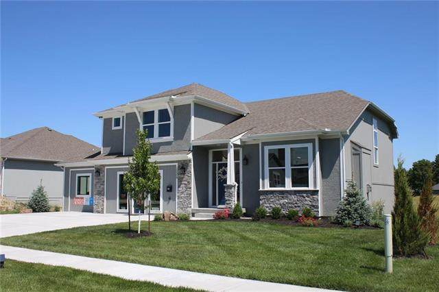 15645 Tyler Street, Basehor, KS 66007 (#2238755) :: Dani Beyer Real Estate