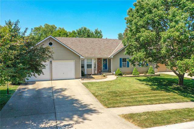 1134 SE 11th Court, Lee's Summit, MO 64081 (#2238994) :: Ask Cathy Marketing Group, LLC