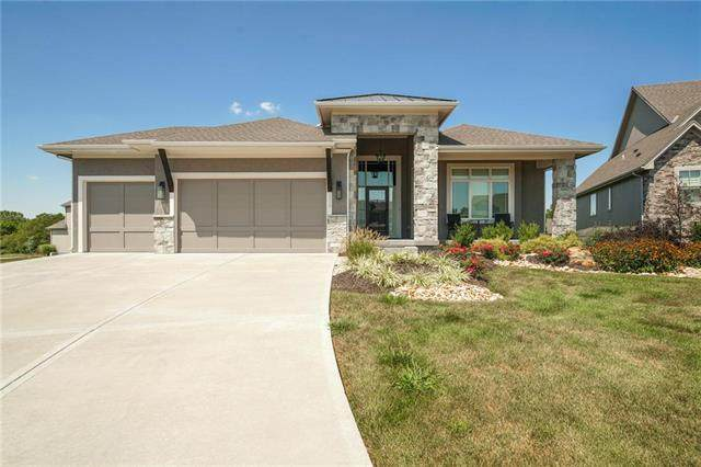 2310 W 179th Terrace, Overland Park, KS 66085 (#2239049) :: Jessup Homes Real Estate | RE/MAX Infinity