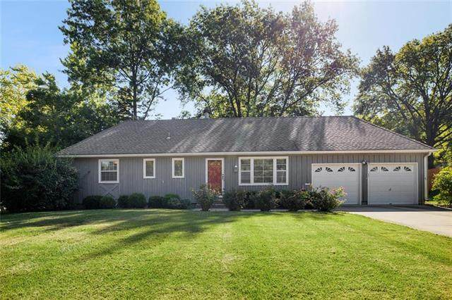7601 Russell Street, Prairie Village, KS 66204 (#2239349) :: Jessup Homes Real Estate | RE/MAX Infinity