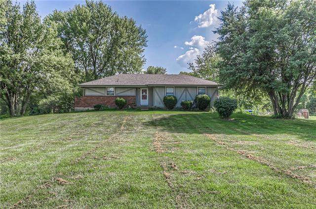 14409 E 215th Court, Peculiar, MO 64078 (#2239517) :: Five-Star Homes