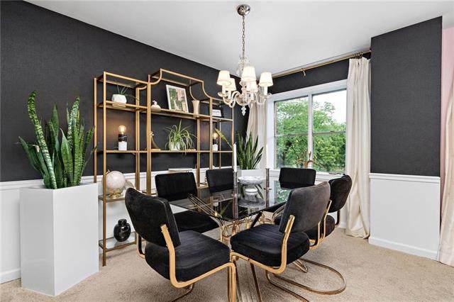 4550 Warwick Boulevard #213, Kansas City, MO 64111 (#2239709) :: Dani Beyer Real Estate