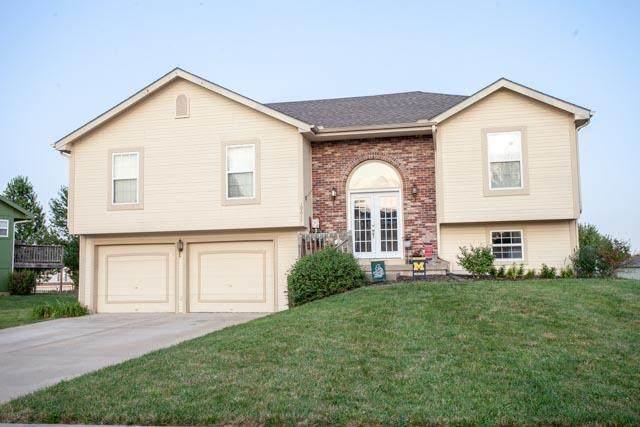 10611 N Tullis Avenue, Kansas City, MO 64157 (#2239874) :: Jessup Homes Real Estate   RE/MAX Infinity