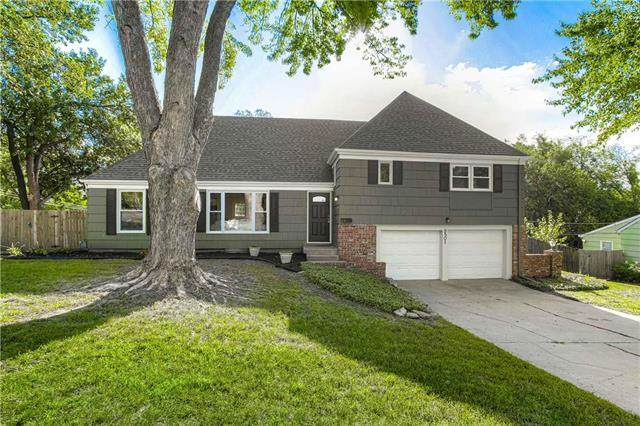 9501 Woodson Street, Overland Park, KS 66207 (#2239880) :: Jessup Homes Real Estate | RE/MAX Infinity