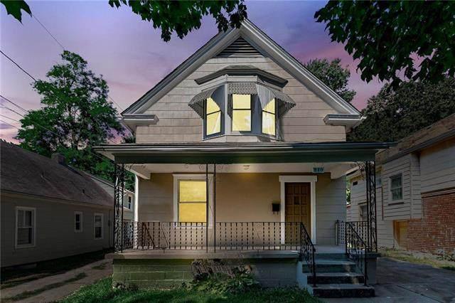 210 Monroe Avenue, Kansas City, MO 64123 (#2239887) :: House of Couse Group