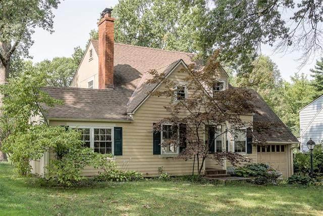 6742 Fontana Street, Prairie Village, KS 66208 (#2240189) :: House of Couse Group