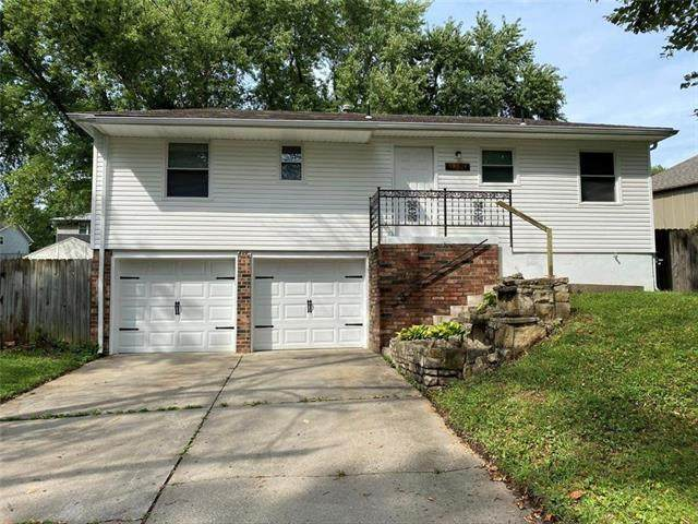 19704 E 14TH Terrace, Independence, MO 64056 (#2240255) :: Dani Beyer Real Estate