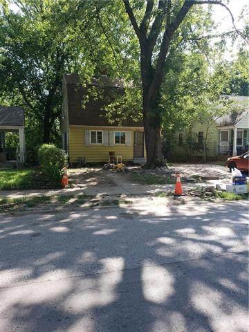 6703 Walrond Avenue, Kansas City, MO 64132 (#2240420) :: Jessup Homes Real Estate | RE/MAX Infinity
