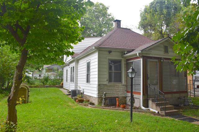 342 N Quincy Avenue, Kansas City, MO 64123 (#2240522) :: Jessup Homes Real Estate | RE/MAX Infinity