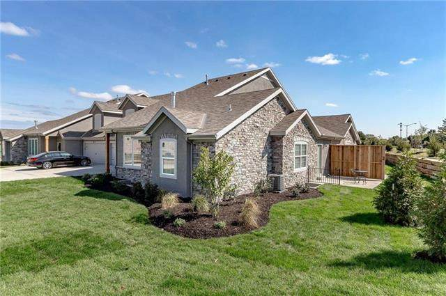 6518 Barth Road, Shawnee, KS 66226 (#2240623) :: The Kedish Group at Keller Williams Realty